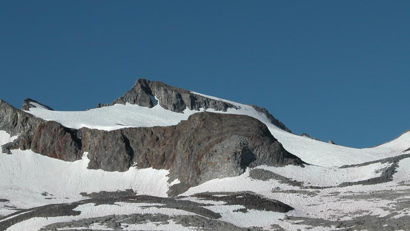 The summit block of Mt. Lyell in Yosemite NP