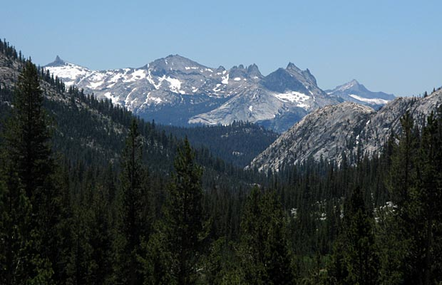 Looking down Spiller Canyon toward the peaks and domes of Tuolumne 2008