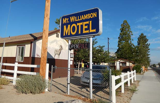 The most excellent motel for PCT & JMT hikers in the town of Independence