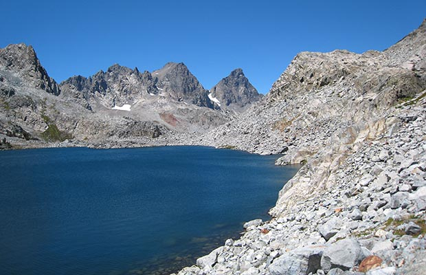 Lake Cecile with Ritter and Banner peaks behind - on the High Route.