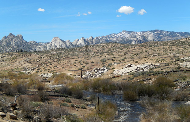 The Domeland peaks of smooth granite beyond the South Kern River