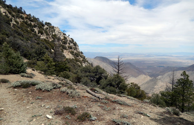 The high point on the PCT between Chimney & Spanish Needles creeks