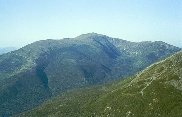 Looking south from the summit of Mt Madison to the summit of Mt Washington