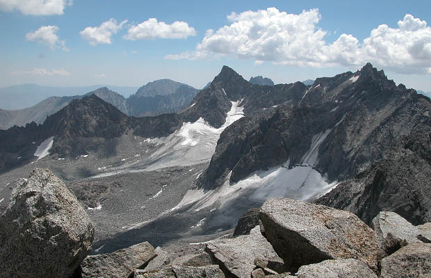 An almost snow free view of Palisade Glacier, Mt Sill, Thunderbolt & North Palisade